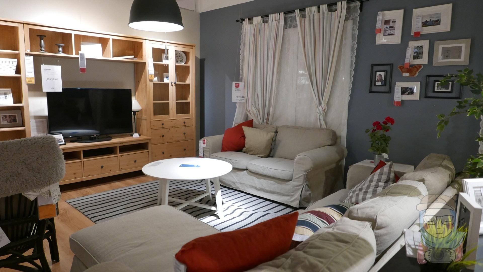 Furniture Rumah Tangga